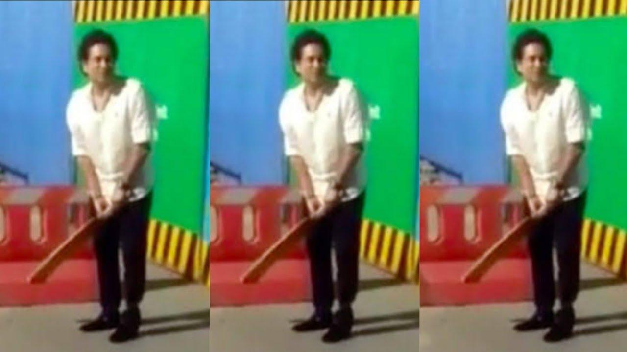 মুম্বাইয়ের রাস্তায় ক্রিকেট খেললেন শচীন তেন্ডুলকর, দেখে নিন 2