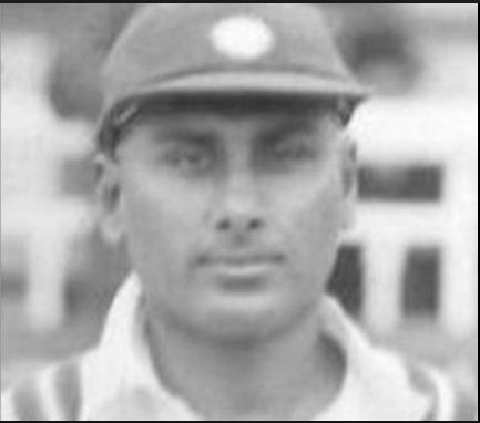 টেনিস থেকে অবসর নিয়ে ৪০ বছর বয়েসে ভারতীয় দলের হয়ে এই প্লেয়ার খেলেন আন্তর্জাতিক ক্রিকেট, প্রথম ম্যাচেই করেছিলেন হাফ সেঞ্চুরি 4