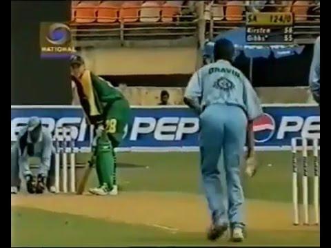 ধোনি নন বরং এই ভারতীয় উইকেটকীপার টেস্ট এবং ওয়ানডে দু ধরনের খেলাতেই নিয়েছেন উইকেট 5
