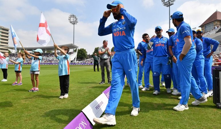 ইংল্যান্ড সফরে ব্যর্থ এই ক্রিকেটার, সৌরভ গাঙ্গুলী জানালেন এই ক্রিকেটারকে যত দ্রুত সম্ভব বাদ না দিলে বিশ্বকাপ হারতে পারে ভারত 2
