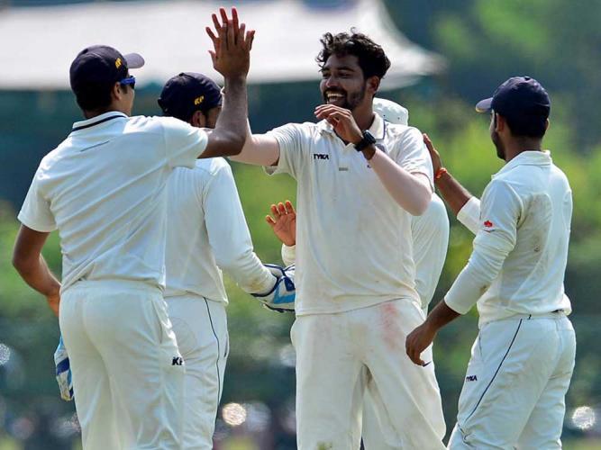 ইংল্যান্ডের বিরুদ্ধে শেষ ২টি টেস্টের জন্য জসপ্রীত বুমরাহের জায়গায় রওনা হবেন এই তরুণ ভারতীয় প্লেয়ার 2