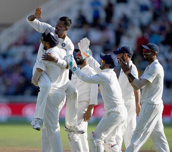 ভারত বনাম ইংল্যান্ড, তৃতীয় টেস্ট: ম্যাচের চতুর্থ দিন ইংল্যান্ডের সংঘর্ষ ছাড়াও চর্চায় থাকল এই পাঁচটি ঘটনা 3