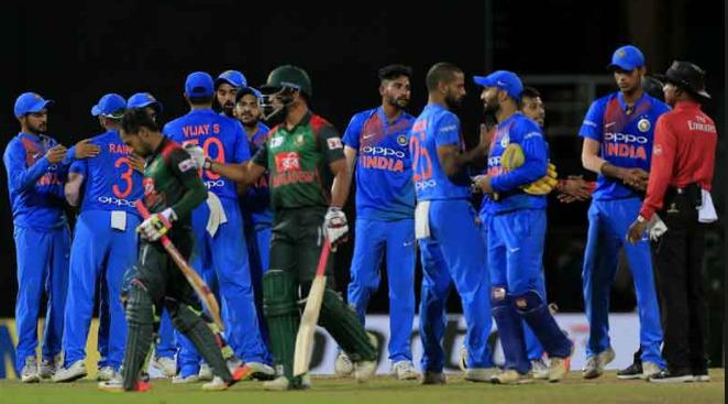এশিয়া কাপ ফাইনাল: IND vs BAN: টস রিপোর্ট: ভারত টস জিতে নিল বোলিং, গুরুত্বপূর্ণ ম্যাচে রোহিত জানালেন প্রথমে বোলিংয়ের কারণ 3