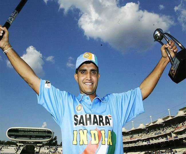 ভারতীয় ক্রিকেটের কিংবদন্তী অধিনায়ক সৌরভ গাঙ্গুলীর মোট আয় জেনে আপনার হবে না বিশ্বাস 6