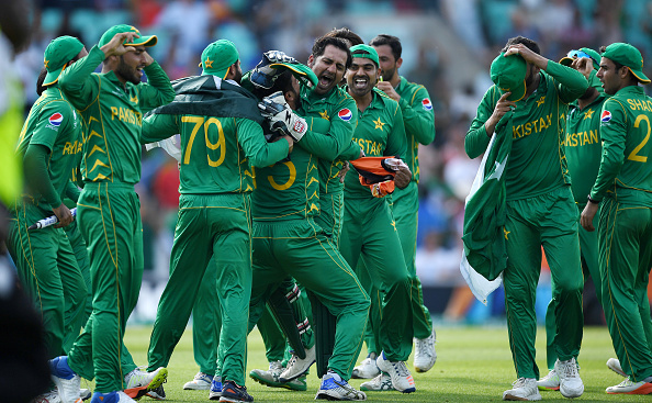 এশিয়া কাপ ২০১৮ : এশিয়া কাপের জন্য ঘোষিত পাকিস্তান দলে জায়গা না পাওয়ায় এই দুই ক্রিকেটারকে দোষারোপ করলেন কামরান আকমল 8