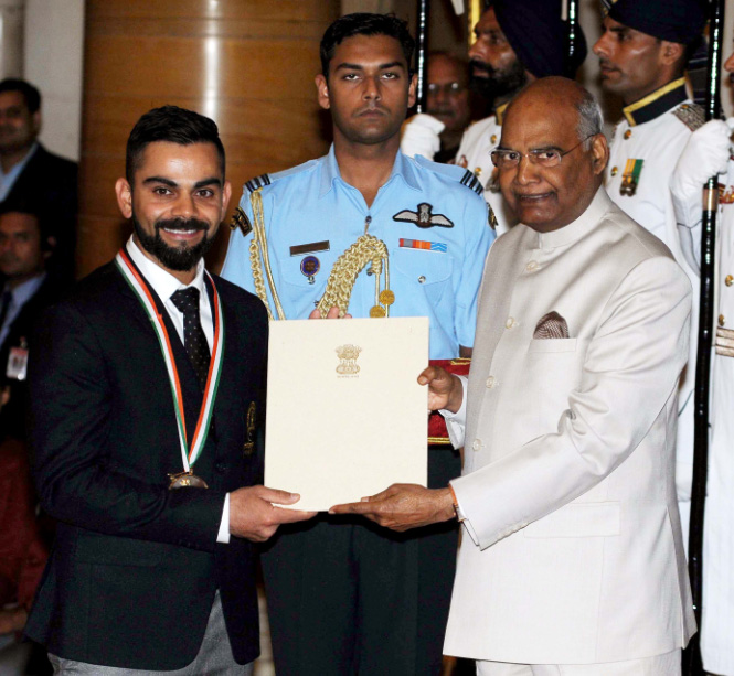 """এই তিন ভারতীয় ক্রিকেটার, যারা """"রাজীব গান্ধী খেল রত্ন"""" পুরস্কার জিতেছেন 11"""