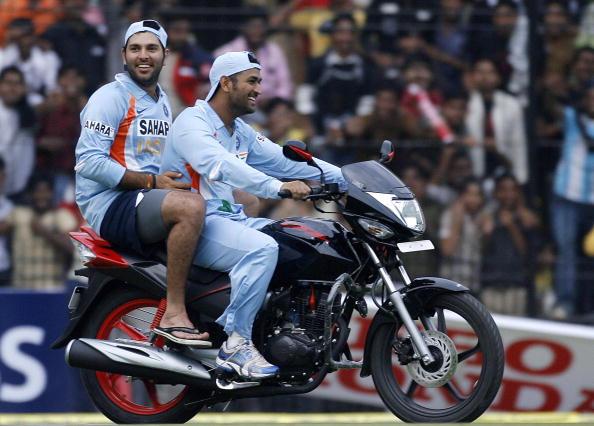 """সবচেয়ে বেশি """"ম্যান অব দ্যা ম্যাচ"""" পুরস্কার পাওয়া ৫ ভারতীয় ক্রিকেটার 11"""