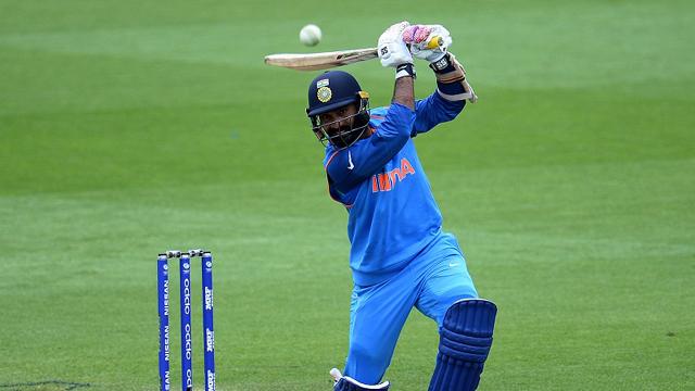 ওয়ানডে ফরম্যাটে টিম ইন্ডিয়ার দল থেকে বাদ পড়তে পারেন যে চারজন ক্রিকেটার 5
