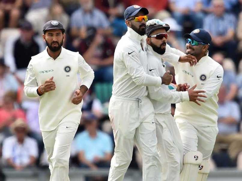 সাউহ্যাম্পটন টেস্ট: বাটলারের হাফ সেঞ্চুরি, ইংল্যান্ডের ২৩৩ রানের লীড 2