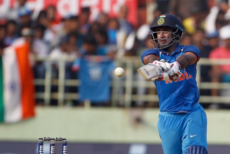 ভারত বনাম ওয়েস্টইন্ডিজ: আম্বাতি রায়ডু ৭৩ রানের ইনিংস খেলার পর মহেন্দ্র সিং ধোনির জন্য বললেন এই হৃদয় জিতে নেওয়া কথা 1