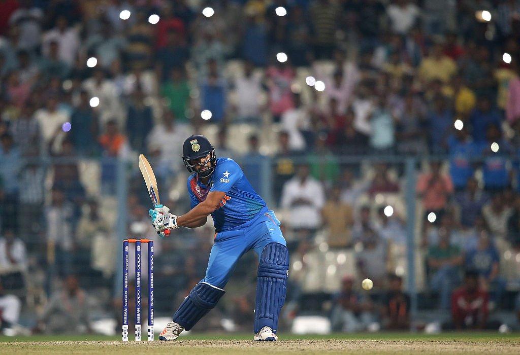 ভারত বনাম ওয়েস্টইন্ডিজ: এই ভারতীয় খেলোয়াড় চার আর ছক্কাতেই করে ফেললেন ৮২ রান 3