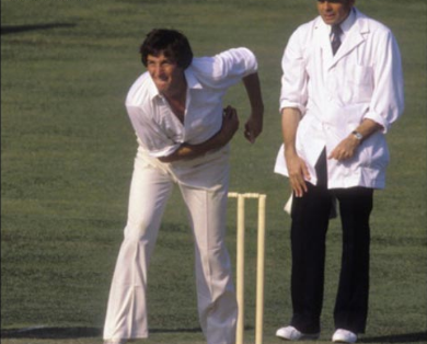 এই প্রাক্তন তারকা বিরাট কোহলিকে বললেন টেস্ট ক্রিকেটের সর্বশ্রেষ্ঠ অধিনায়ক, তো ওয়ানডেতে একে মানলেন সর্বশ্রেষ্ঠ 3