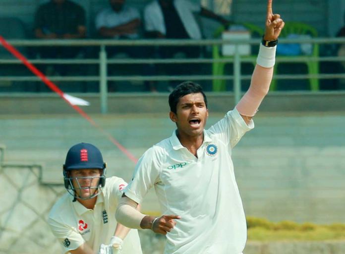 IND A vs ENG Lions, দ্বিতীয় বেসরকারি টেস্ট: ম্যাচের দ্বিতীয় দিনই ইন্ডিয়া এ-র কব্জা মজবুত, ভারতীয় বোলারদের সামনে ইংরেজরা অসহায়