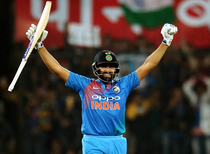 IND vs AUS: অস্ট্রেলিয়ার বিরুদ্ধে দ্বিতীয় টি-২০তে ভারতের সম্ভাব্য একাদশ ! দীর্ঘ সময় পর এই ক্রিকেটার পেলেন জায়গা 1