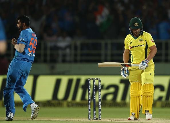 INDVAUS: দ্বিতীয় টি-২০তে ভারতীয় দলে ৩ পরিবর্তন তারকা খেলোয়াড়ের আরো একবার দলে প্রত্যাবর্তন 12