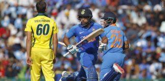 INDvAUS:মোহালি ওয়ানডে: ৩৫৮ রানের বিশাল স্কোর গড়ার পরও এই ভারতীয় খেলোয়াড় সোশ্যাল মিডিয়ায় হচ্ছেন ঠাট্টার পাত্র