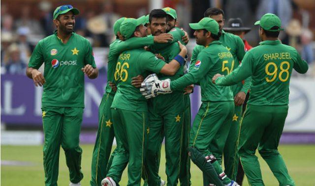 পাকিস্তানের বিশ্বকাপের দলে জায়গা হলো না এই তারকার ! দেখে নিন কে কে পেলেন জায়গা 3
