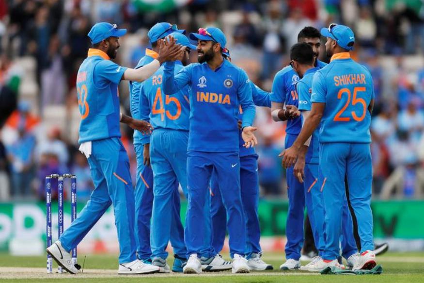 """ভারতীয় ক্রিকেট ভক্তকে """" বোকা """" বললেন এই প্রাক্তন বিদেশি ক্রিকেটার ! 1"""