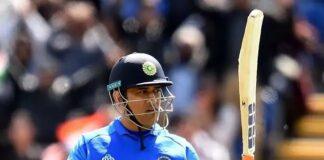মহেন্দ্র সিং ধোনির অবসর না নেওয়ায় ভারতীয় ক্রিকেটের হচ্ছে এই তিন বড়ো লোকসান