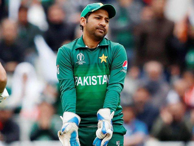পাকিস্তান টেস্ট ক্রিকেট দলের অধিনায়কত্বের দায়িত্ব ছাড়তে পারেন সরফরাজ আহমেদ ! 4