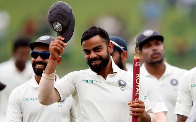 """এই ভারতীয় ক্রিকেটারকে টিমের """" স্তম্ভ """" বলে মনে করেন বিরাট কোহলি ! 1"""