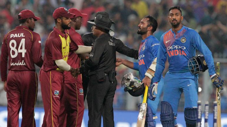 ওয়েস্ট ইন্ডিজের বিপক্ষে টেস্ট সিরিজে ভারতের দলে থাকছেন না এই তারকা ক্রিকেটার ! 2
