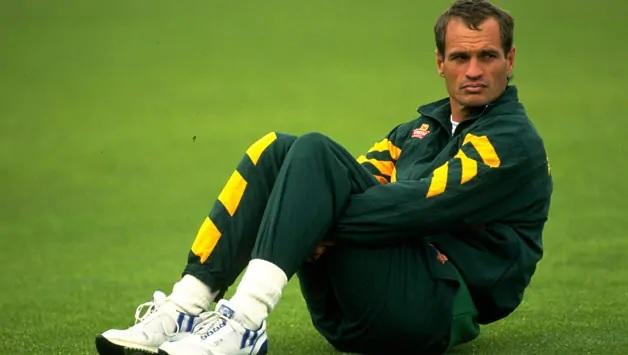 ১০জন ক্রিকেটার যারা দুই দেশের প্রতিনিধিত্ব করেছেন, খেলেছেন ভারত পাকিস্তান দুই দলেই 4