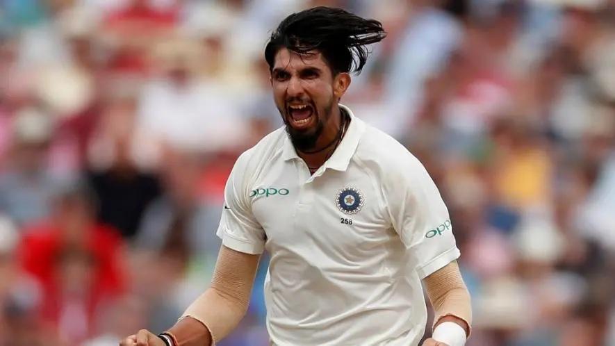 WI vs IND: দ্বিতীয় টেস্টে এক উইকেট নেওয়ার সঙ্গেই কপিলদেবের এই বিশ্বরেকর্ড ভেঙে দেবেন ঈশান্ত শর্মা 3