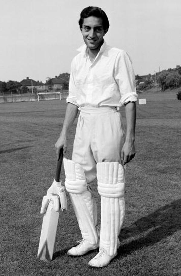 ১০জন ক্রিকেটার যারা দুই দেশের প্রতিনিধিত্ব করেছেন, খেলেছেন ভারত পাকিস্তান দুই দলেই 9