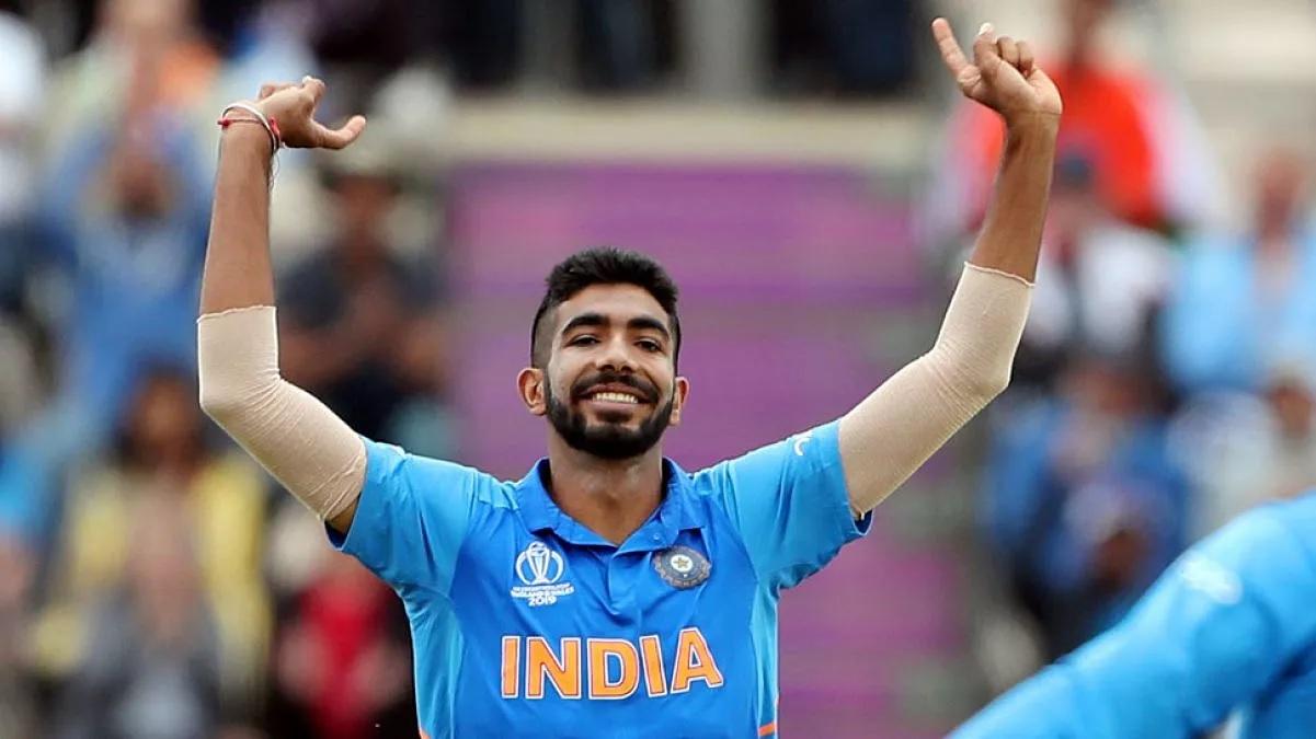 """""""দক্ষিণ আফ্রিকার বিরুদ্ধে টেস্ট সিরিজে বাইরে বসুক বুমরাহ"""" এই তারকা দিলেন পরামর্শ"""