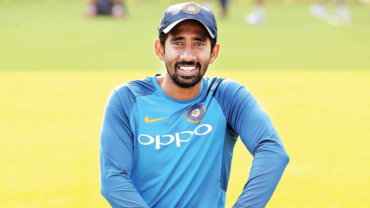 সাউথ আফ্রিকার বিরুদ্ধে টেস্ট সিরিজে পন্থের বদলে খেলুক ঋদ্ধি, চাইছেন এই প্রাক্তন ভারতীয় ক্রিকেটার 2