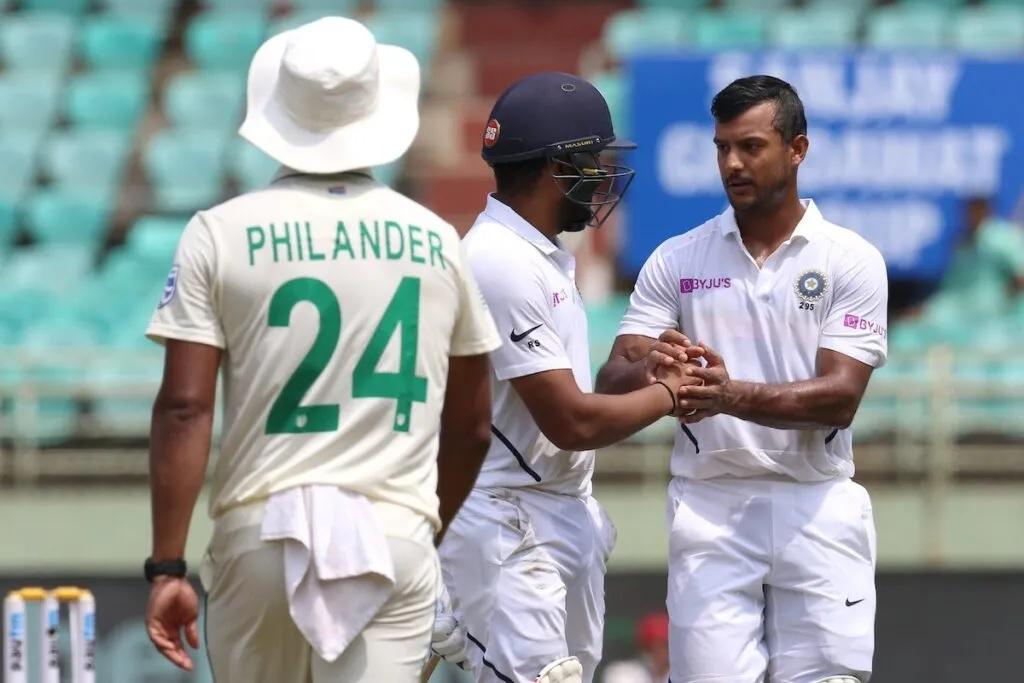 INDvsSA: দ্বিতীয় দিন ব্যাকফুটে দক্ষিণ আফ্রিকা, ভারত নিল ৪৬৩ রানের লীড, ভারতীয় বোলারদের কর্তৃত্ব 1