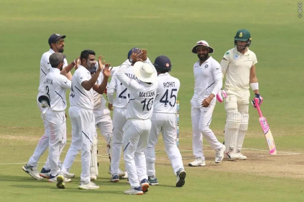 INDvsSA: ভারত দক্ষিণ আফ্রিকাকে দ্বিতীয় টেস্টে ইনিংস আর ১৩৭ রানে হারাল, সিরিজে এগিয়ে ২-০ ফলে 2