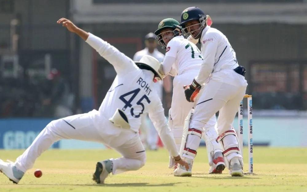 INDvsBAN: ময়ঙ্ক আগরওয়ালের ডবল সেঞ্চুরিতে ভারতের কব্জায় প্রথম টেস্ট, দেখুন স্কোরবোর্ড 1