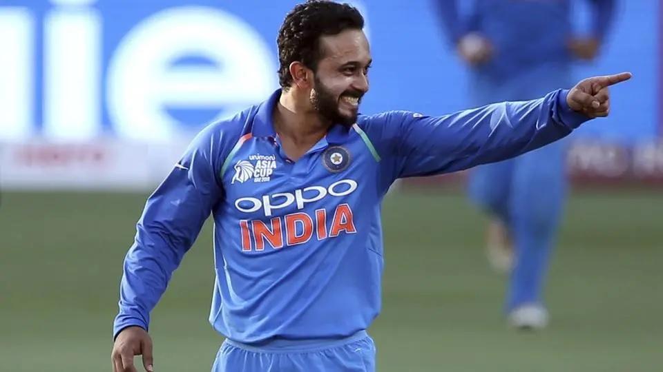 বিরাট কোহলি, এমএস ধোনি নন বরং এই ৩৪ বছরের ক্রিকেটারকে সলমন খান বললেন পছন্দের ক্রিকেটার 1