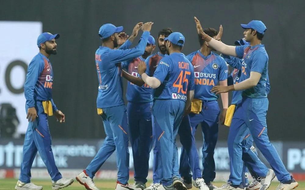 INDvsWI: ভারতীয় দল ওয়েস্টইন্ডিজকে ৬৭ রানে হারিয়ে সিরিজ ২-১ জিতল 6