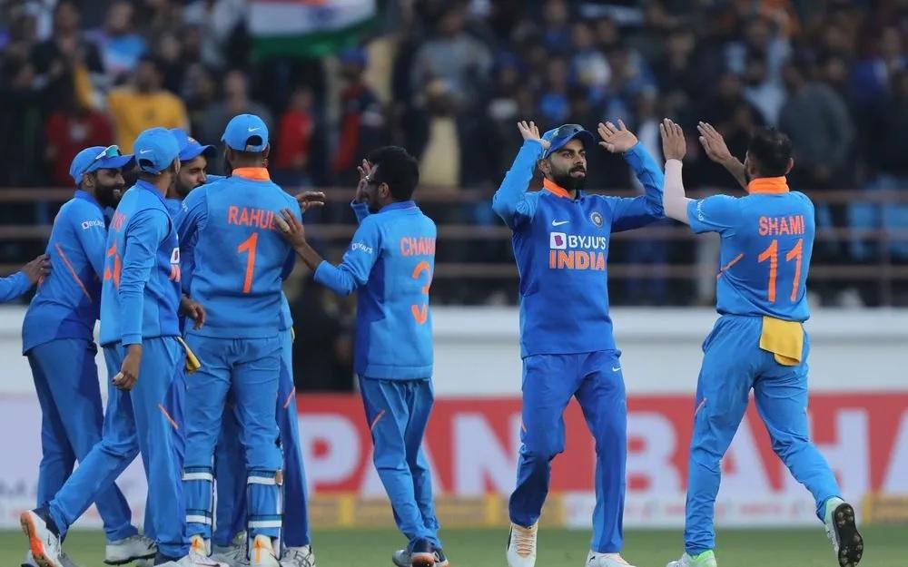 INDvsAUS: দ্বিতীয় ওয়ানডেতে ভারত অস্ট্রেলিয়াকে ৩৬ রানে হারাল, জয়ে উজ্জ্বল এই ৫ খেলোয়াড়