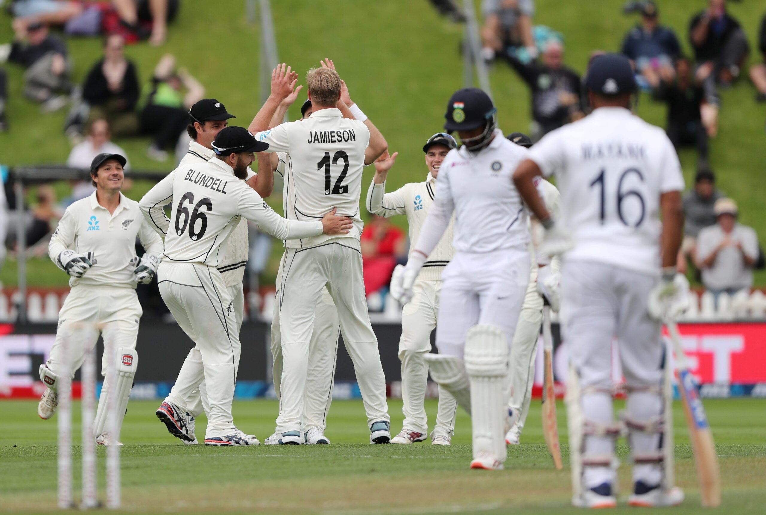 নিউজিল্যান্ডের বিরুদ্ধে দ্বিতীয় টেস্টে নামার আগে চিন্তার মেঘ ভারতীয় শিবিরে, ম্যাচ থেকে ছিটকে গেলেন এই তারকা ক্রিকেটার 3