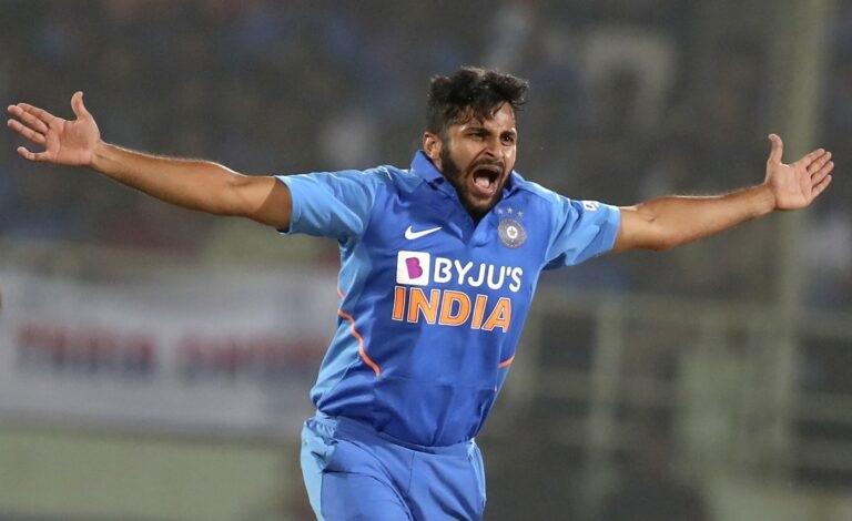 IND vs SA: দক্ষিণ আফ্রিকার বিরুদ্ধে ওয়ানডে সিরিজের জন্য সম্ভাব্য ভারতীয় দল, বেশকিছু পরিবর্তন সম্ভব 12
