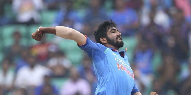IND vs SA: দক্ষিণ আফ্রিকার বিরুদ্ধে ওয়ানডে সিরিজের জন্য সম্ভাব্য ভারতীয় দল, বেশকিছু পরিবর্তন সম্ভব 13