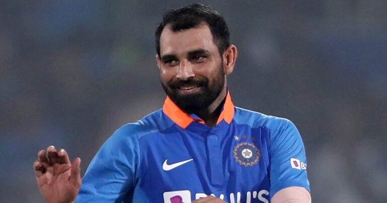 IND vs SA: দক্ষিণ আফ্রিকার বিরুদ্ধে ওয়ানডে সিরিজের জন্য সম্ভাব্য ভারতীয় দল, বেশকিছু পরিবর্তন সম্ভব 14