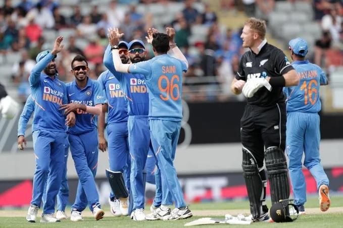 টস হেরে প্রথমে ব্যাটিং করে নিউজিল্যান্ড ভারতকে দিল ২৭৪ রানের লক্ষ্য 3