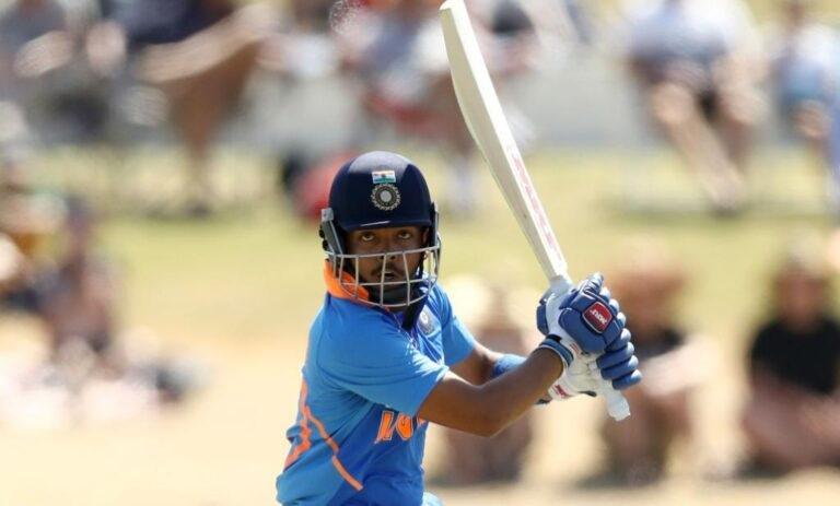 IND vs SA: দক্ষিণ আফ্রিকার বিরুদ্ধে ওয়ানডে সিরিজের জন্য সম্ভাব্য ভারতীয় দল, বেশকিছু পরিবর্তন সম্ভব 3