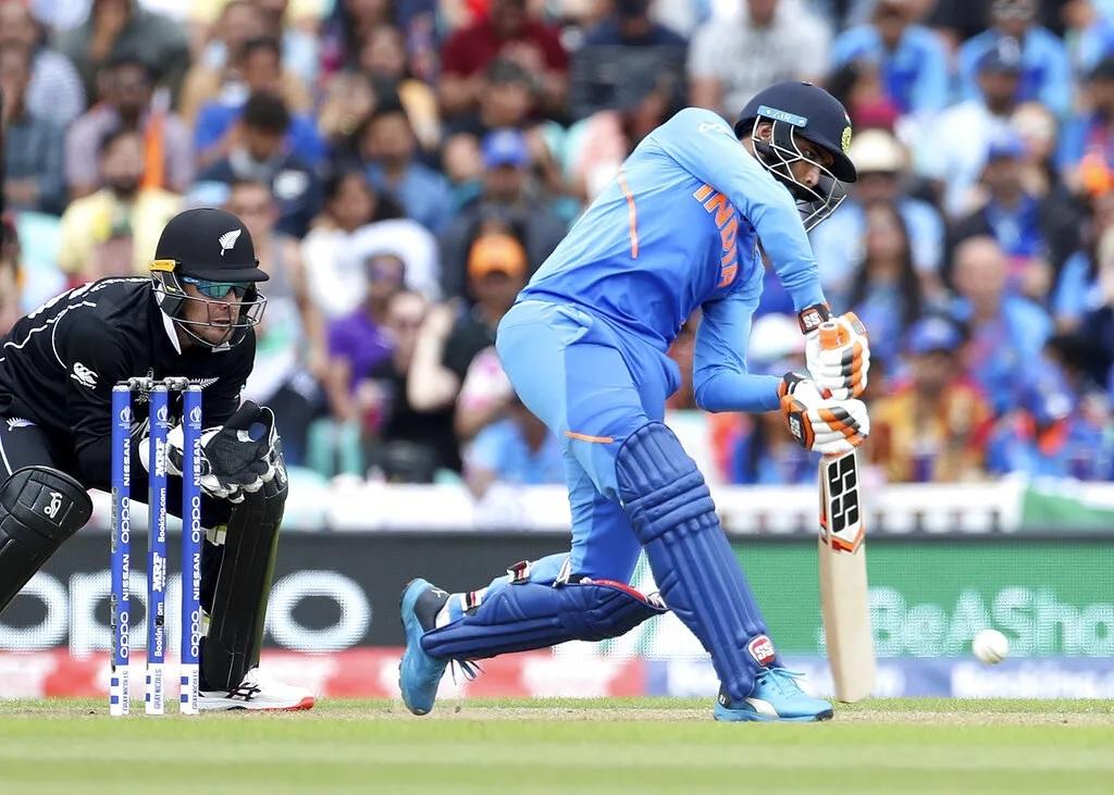 এই ক্রিকেটার হাফসেঞ্চুরি করলেই হারে ভারত, গত ১২টি হাফসেঞ্চুরির মধ্যে ১১টিতে হয়েছে ভারতের হার 4