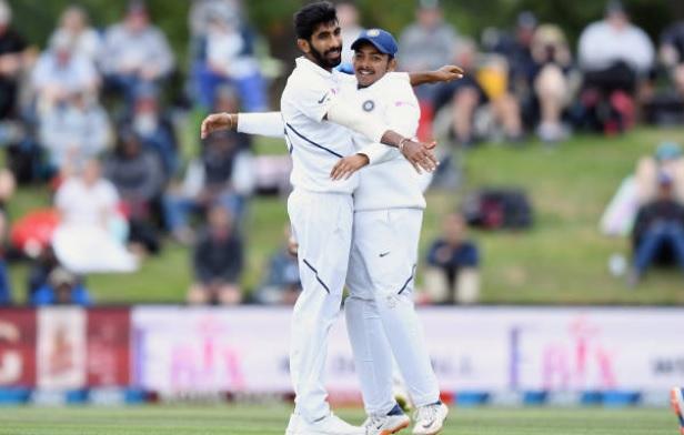 ভিডিয়ো: জসপ্রীত বুমরাহকে দ্বিতীয় টেস্টের শেষ ওভারগুলিতে দেখা গেলো পুরোনো ছন্দে, হাওয়ায় ওড়ালেন উইকেট 2