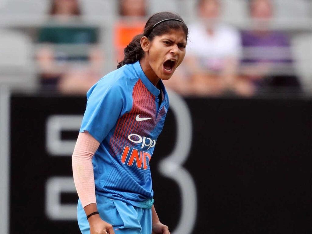 দুধ বেচে বাবা করেছিলেন ক্রিকেটার, আজ ভারতকে জেতাচ্ছেন এই ভারতীয় ক্রিকেটার 2