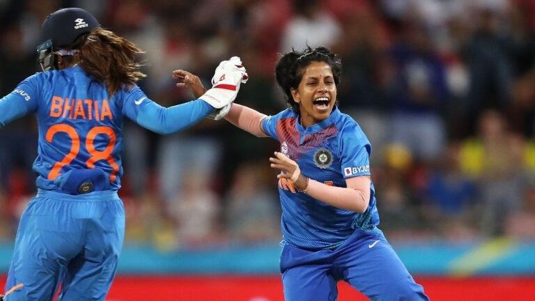 ৫জন ভারতীয় মহিলা ক্রিকেটার, যারা করেন সবচেয়ে বেশি রোজগার, এক নম্বরে রয়েছেন এই খেলোয়াড় 2