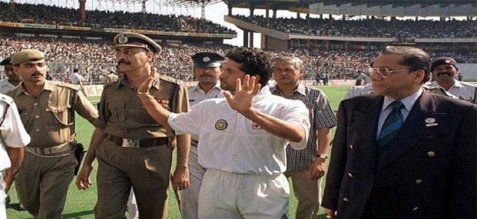 যখন ভারতীয় দল খেলেছিল খালি স্টেডিয়ামে ম্যাচ, জেনে নিন কোথায় হয়েছিল সেই ম্যাচ 4
