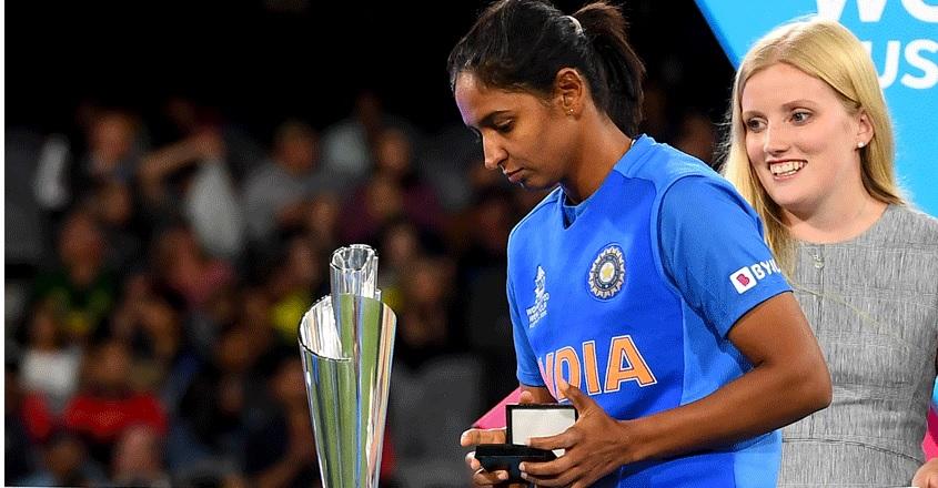 ৫জন ভারতীয় মহিলা ক্রিকেটার, যারা করেন সবচেয়ে বেশি রোজগার, এক নম্বরে রয়েছেন এই খেলোয়াড় 4