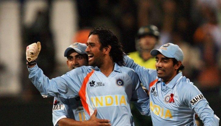 TOP 5: পাঁচ ভারতীয় ক্রিকেটার, যারা ধোনির পরে টিম ইন্ডিয়ায় অভিষেক করেছেন কিন্তু ধোনির আগেই অবসর নিয়েছেন 2